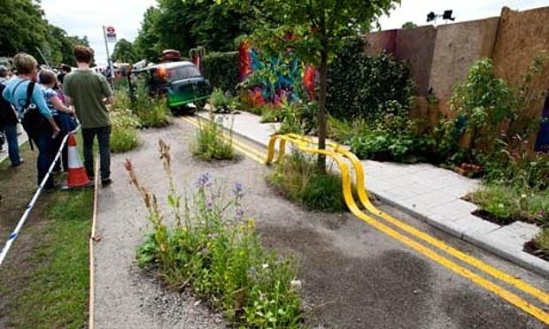 Edible-Bus-Stops-RHS-Hamp-008.jpg